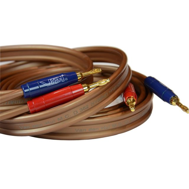 Van den Hul D352 Hybrid Speaker Cable - Supplied and fitted with Van den Hul Berri Bus banana plugs