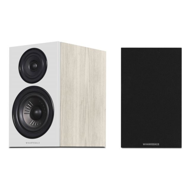 Wharfedale Diamond 12.2 Speakers - Front view with and without grille covers